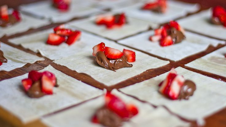 nutella and strawberry wantons in the making