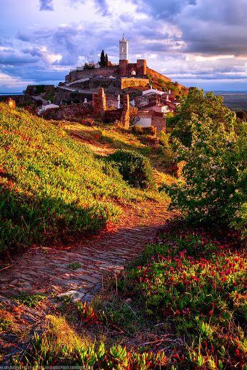 Monsaraz – Reguengos de Monsaraz, Évora (Portugal).