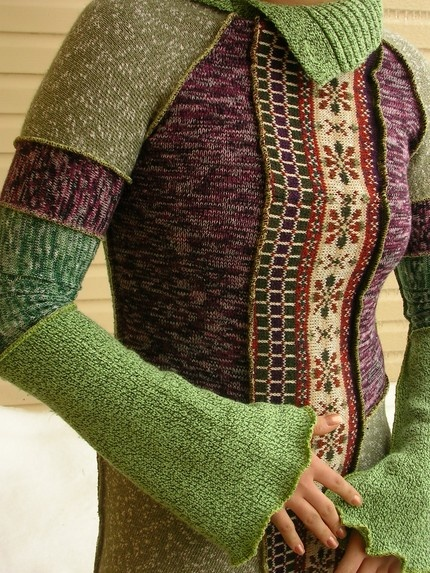 So pretty. Must learn how to cut up knitted fabric. Belle