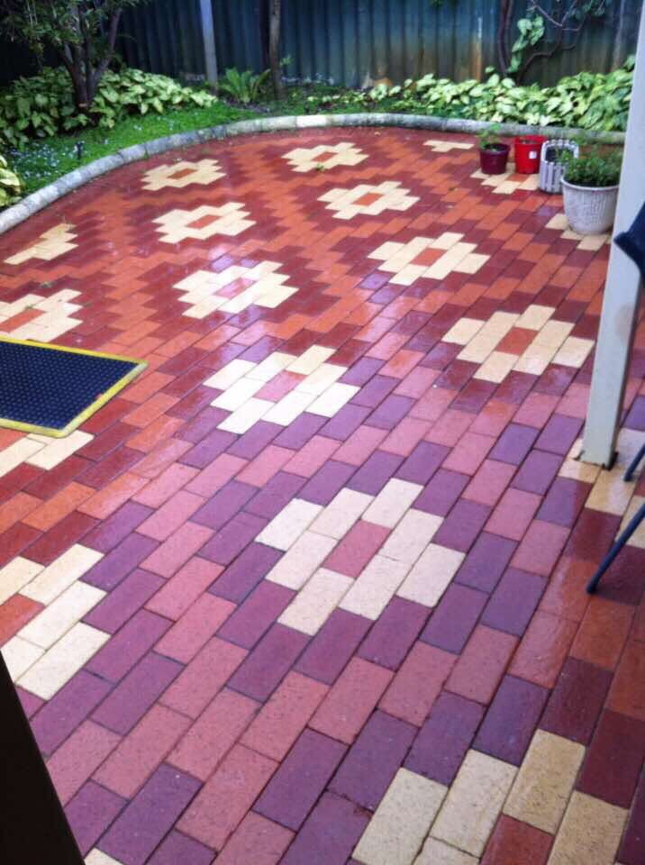 Creative thinking using 3 different coloured pavers.