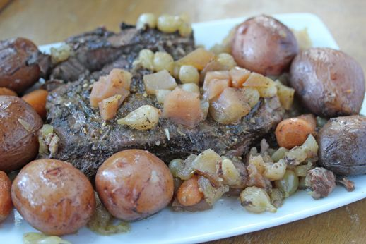 Recipe for Slow Cooker Beef Roast with Apples, Carrots, Red Potatoes & Pearled Onions   Recipes   One Dish Dinners