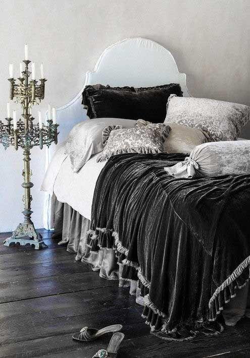beautiful velvet bedding & candelabra <3