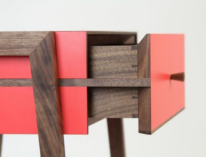 side drawer detail