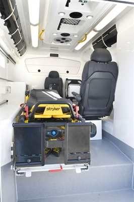 Turun Sanomat: Nelivetoisen ambulanssin valmistajat hakevat kasvua viennistä.  Lue artikkeli: http://www.ts.fi/teemat/auto+ja+liikenne/370666/Nelivetoisen+ambulanssin+valmistajat+hakevat+kasvua+viennista