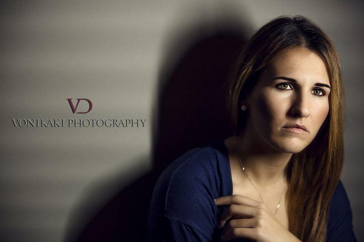 Elena Photographer:VD VONIKAKI PHOTOGRAPHY
