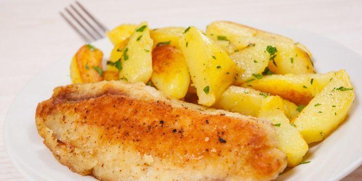 Pesce Arrosto al Forno con Patate all'Aglio e Rosmarino -- use GF bread crumbs