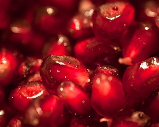 71 best images about Pomegranate on Pinterest | Torah, Pomegranates ...