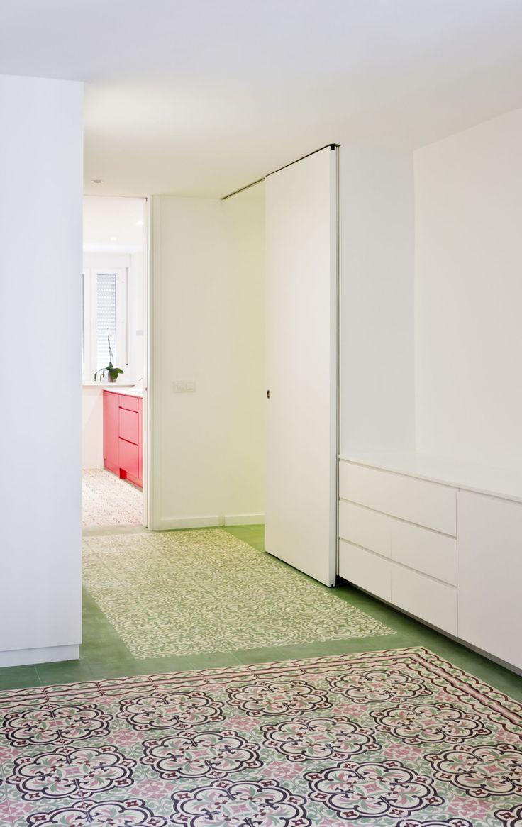 Romero Vallejo, Juan Carlos Quindós · Internal renovation of an apartment in Toledo. Spain. · Divisare