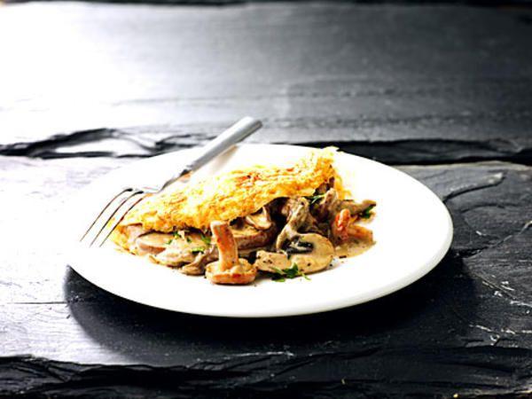 Omelett med svampstuvning