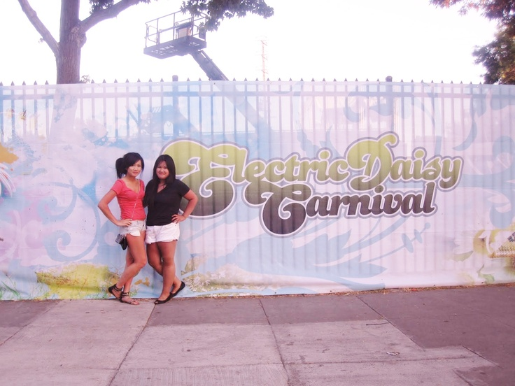 My first Electric Daisy Carnival in L.A in 2010 with my good friend Jess! #PotentialistCanada