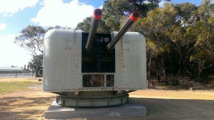 HMAS Swan's 4.5 inch mount