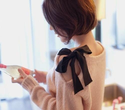 Bow Sweater Knockoff REfashion