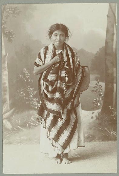 mujer Otomi - 1885 aproximadamente