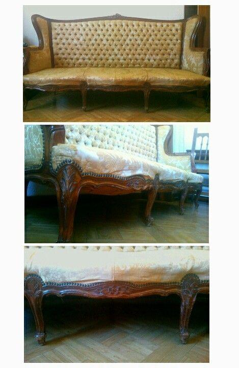 Sofá Isabelino.  Con desperfectos en la tapicería a solucionar pero ideal!! Precio: 200 euros.