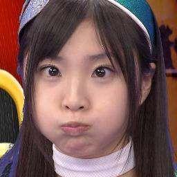 ももいろクローバーZ Momoka Ariyasu holds her breath