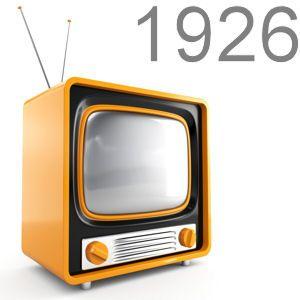 By Tommy: À mon avis la télévision est la plus importante invention du 20ème siècle.  Tout le monde a une télévision et c'est une grande partie de nos vies.  On regarde les actualités, les sports, les spectacles, et plus sur la télévision.  Il est difficile d'imagine un monde sans la télévision.  La télévision permet de nous connecter avec tous le monde et de voir les événements en temps réel.