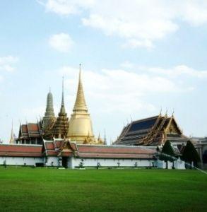ワットプラケオ、王宮及びエメラルド寺院。タイのおすすめ観光名所