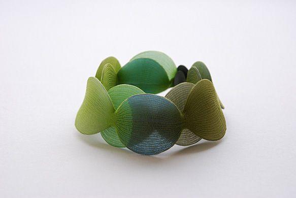 "Yoko Izawa | Bracelet ""Petal"""
