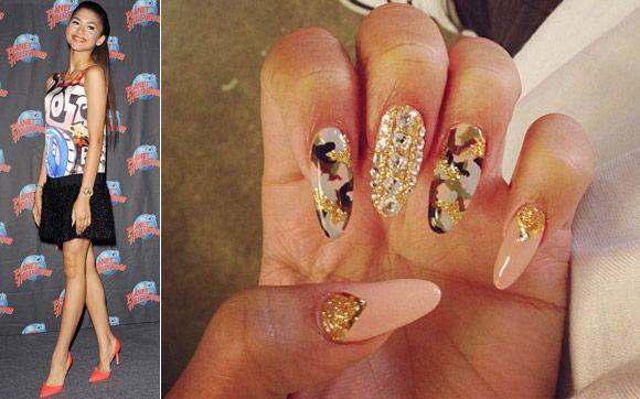zendaya Nails   Unha de famosa: as melhores nail arts de Zendaya!   Compartilhar Links ...