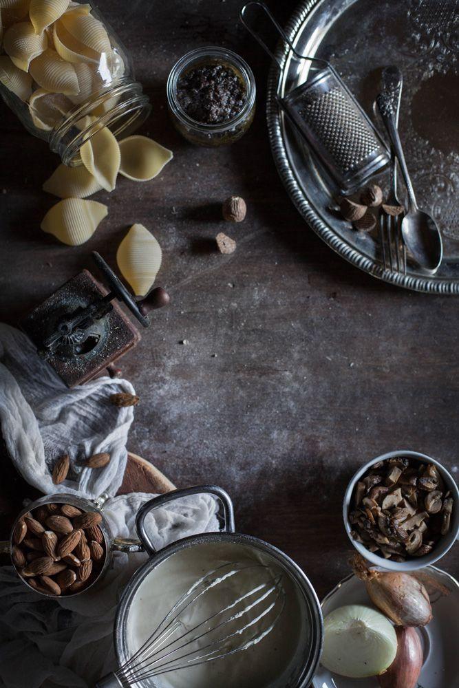 Italian October - Vegan Boscaiola Pasta bake (Mushrooms, Truffle and Peas) for Earthsprout