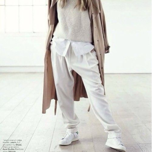 """fashionlandscapeblog:  """" Trench, slouchy pants, and Stan Smiths. Yes, please #inspiration #fashioninspiration #fashion #style #streetstyle #streetfashion #adidas #stansmith #fashionblog #fashionblogger #fashionblogger_de #blog #blogger #instacool..."""