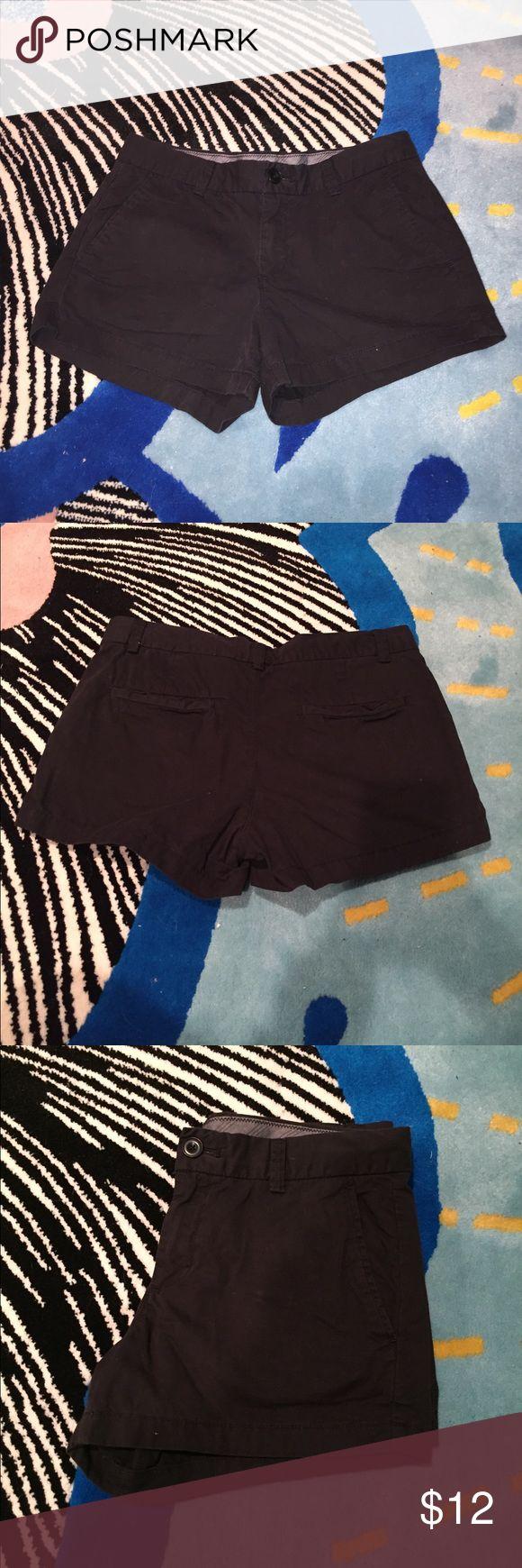 UNIQLO Black Cotton Shorts 100% cotton shorts, in great condition! Size US 6. Uniqlo Shorts