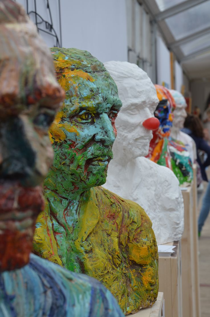 Vincent on Tour! Amsterdam Art Square!  http://www.iensluyters.nl/pop-up-museum-art-square-museumplein-amsterdam/