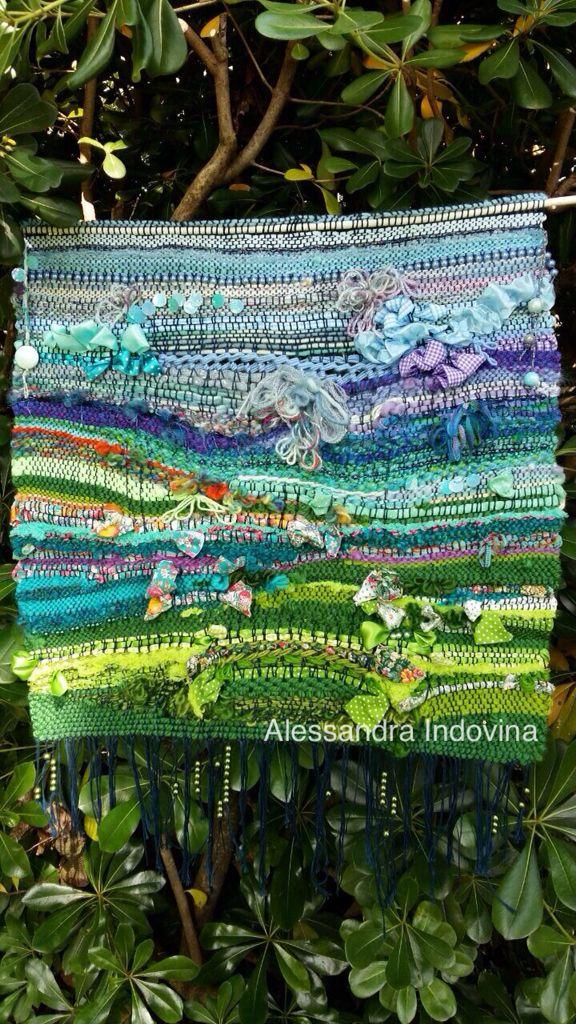 #weaving  #alessandraindovina Arazzo in cotone, lana, stoffa