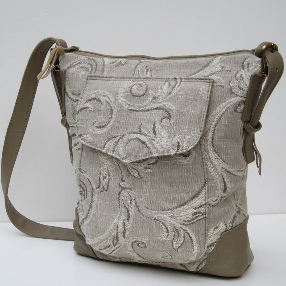 I know what i want for christmas now. love love love this purse #purses #bags #handbags