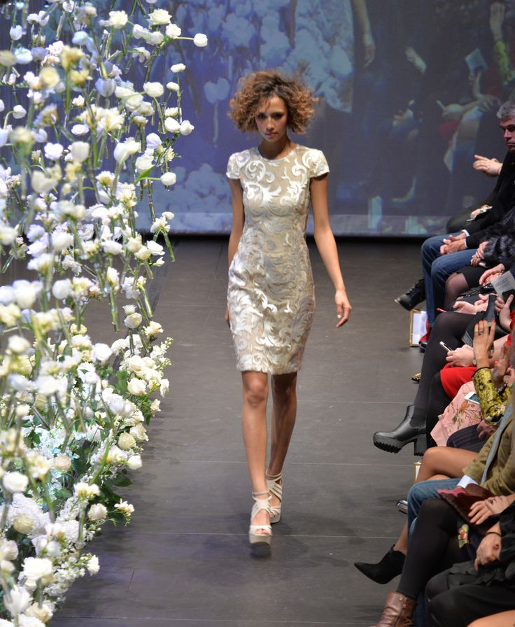 Bettjemans 70's Inspired big hair for Trelise Cooper's 'Theatre of Fashion'2015. #trelisecooper #runway #Bettjemans #lorealpronz ©royemersonphotography www.bettjemans.co.nz