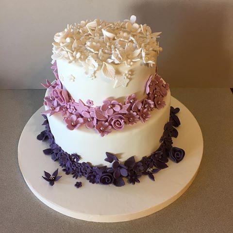 #engagement #cake #fondant #2tiers #celebration #purple #flowers #sugar #photooftheday #nişan #pastası #kutlama #sekerkaplama #mor #çiçekler #2katlı