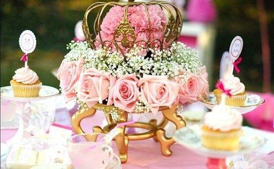 Decoração de Casamento : Paleta de Cores Rosa e Dourado ————————————————————————————————————————————————— Deixe nos comentários quais cores vocês querem ver na sérieDecoração de Casamento: Paleta de Cores!