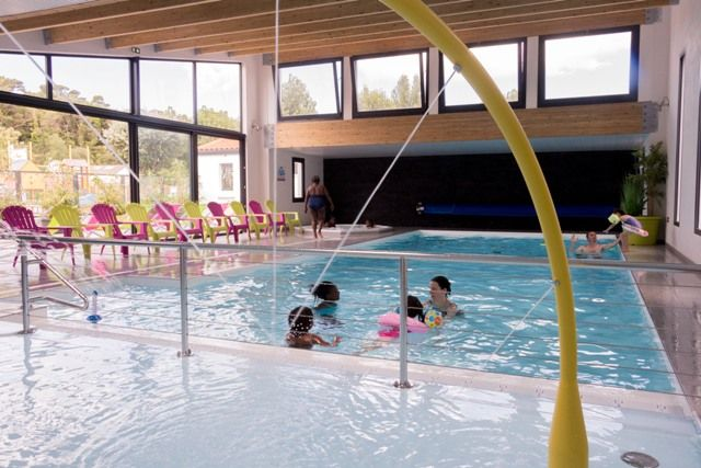 Camping Saint Jean de Monts piscine et piscine couverte - CAMPING LA PRAIRIE - Côte atlantique