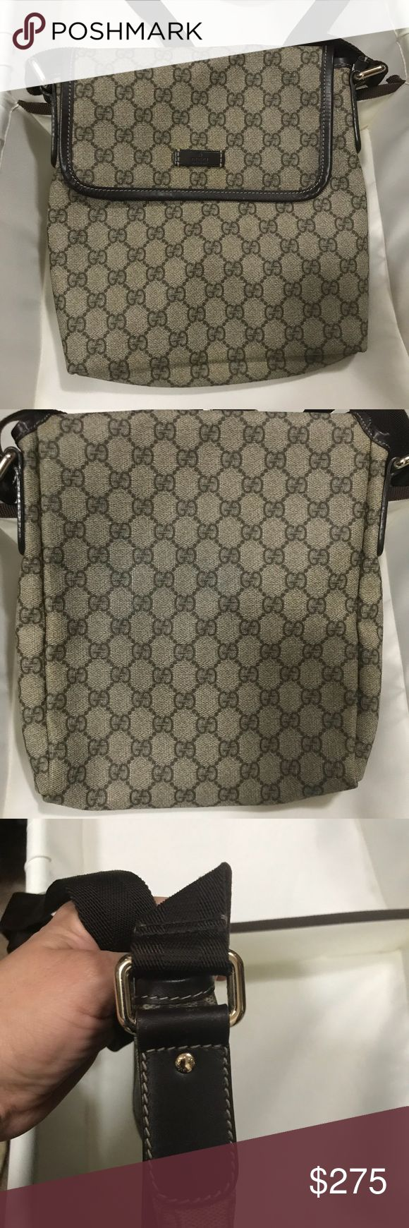 😉 Authentic Gucci Monogram Crossbody In EXCELLENT condition 💯 Authentic Gucci Monogram Canvas Crossbody. Purchased in Florence in 2011. Comes with original dust bag. gucci Bags Crossbody Bags