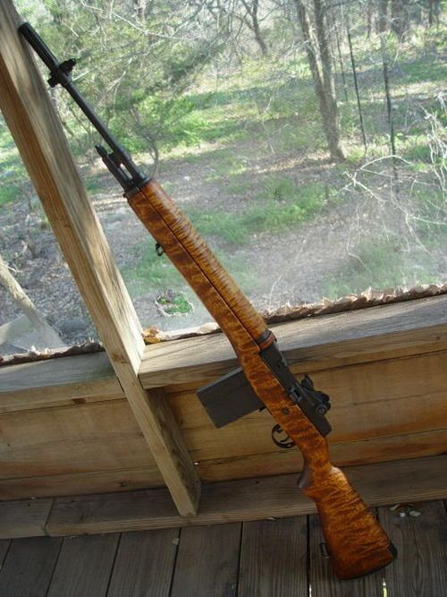 Not sure if i should put this in wood working or 2nd amendment...love the tiger maple M1A