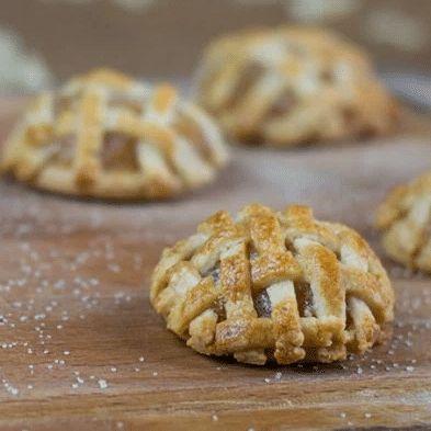 Des cookies tarte aux pommes pour twister Noël et s'affranchir des desserts chocolat/bûche/crème de marron ! Délicieux et super simples !