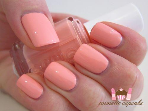 Cosmetic Cupcake: Essie Van D'Go swatches