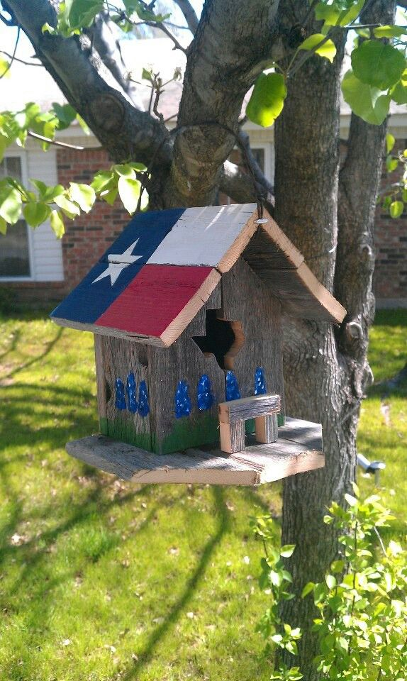 45 Best Images About Birdhouses On Pinterest Gardens Bluebirds And Shabby Chic Birdhouse