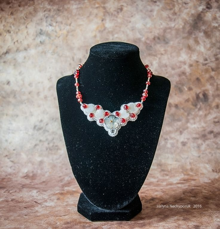 Necklace by Halyna Nechyporuk   2016