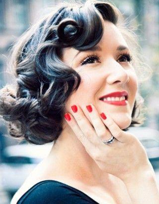 Coiffure Vintage Femme Trendy Banque Dimages Rtro Portrait Noir Et