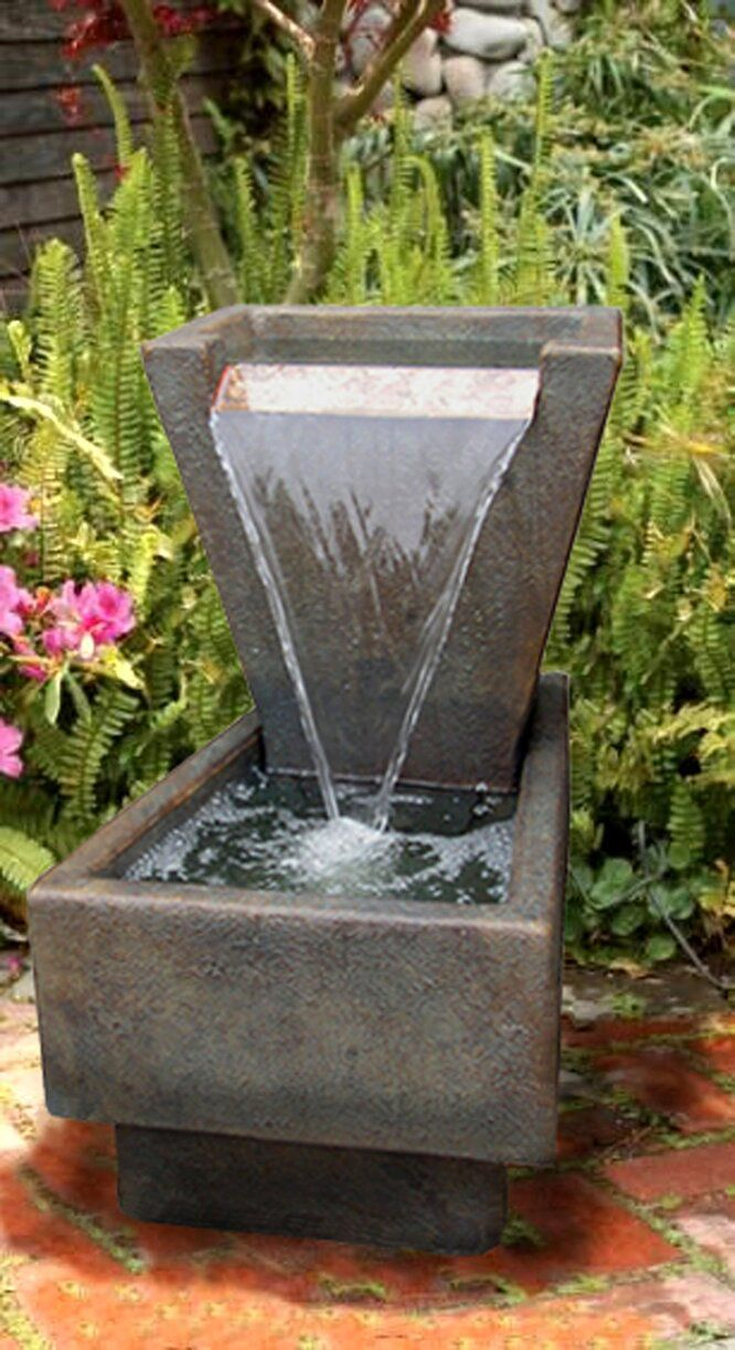 Concrete Geometrica Fountain In 2020 Rustic Outdoor Fountains Fountain Stone Fountains
