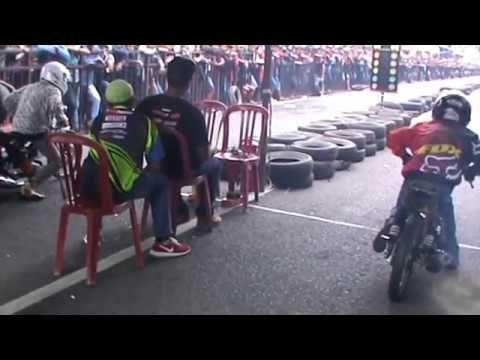 video balapan motor drag 3gp