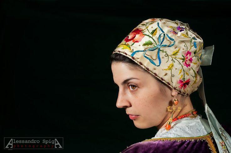 Ittiri's traditional dress detail. Sardinia