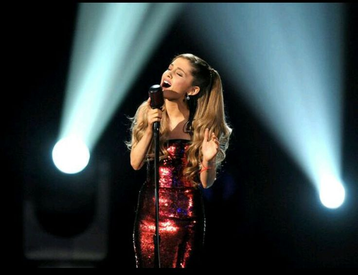 This performance was perfection. Tattooed Heart, Ariana Grande Ama's 2013