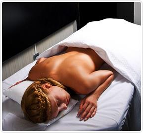 En Radisson hemos creado un programa especial para relajar la mente y el cuerpo... HOTEL + SPA  Disponible en los siguientes hoteles:  Radisson Plaza Santiago Radisson Petra Concepción
