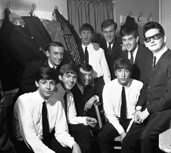 The Beatles backstage at the Roy Orbison tour with Gerry and the Pacemakers.