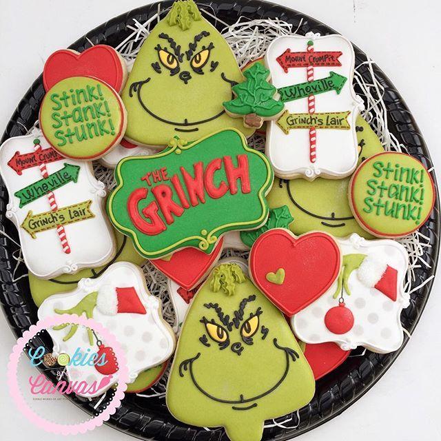 Merry Grinchmas!! ❤️ #thegrinch #grinchcookies #stinkstankstunk #youreameanonemrgrinch #decoratedcookies #cookiesaremycanvas