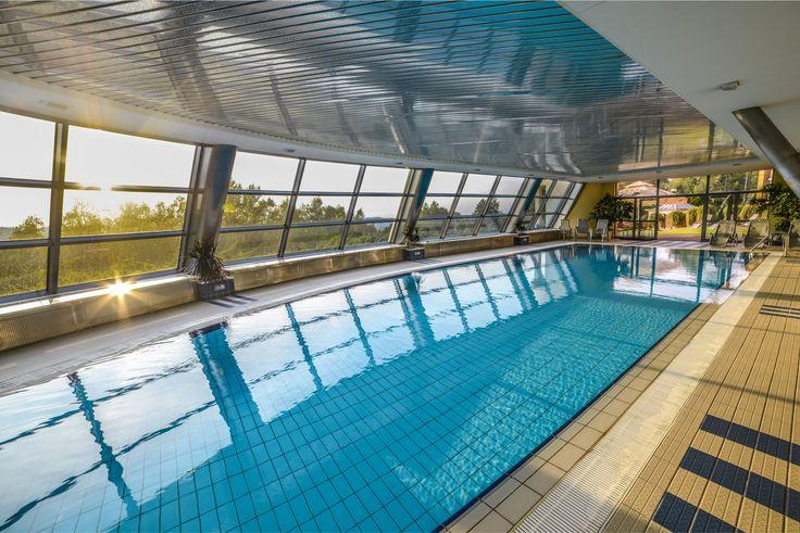 Weekend zapowiada się naprawdę ciepło i słonecznie. Zapraszamy na basen i ogród - leżaki już czekają. :) // This weekend is going to be pretty warm and sunny! We invite You to our swimming pool and garden -  sunbeds are waiting. :)