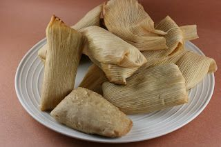 A Year of Slow Cooking: How to Make Tamales in the CrockPot    I've done this for 3 years in a row. Super yummy and easy!