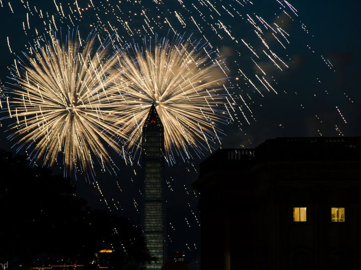 If you want to have a good time watching the Fourth of July fireworks in Washington, D.C., head on over the National Mall.